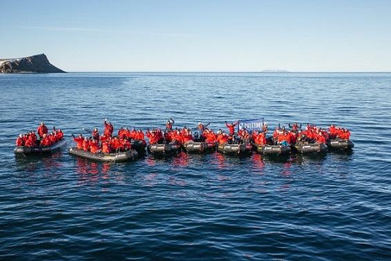 Passengers Sea Raft
