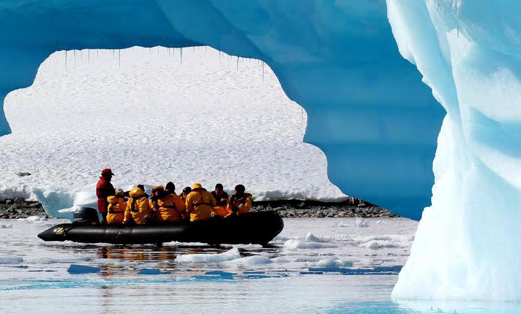 zodiac cruise in antarctica